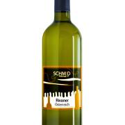 Flasche mit Etikett Weingut Schmid